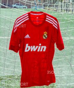 خرید لباس کلاسیک سوم رئال مادرید فصل 2011/2012