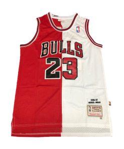 لباس پلیری سفید قرمز شیکاگو بولز