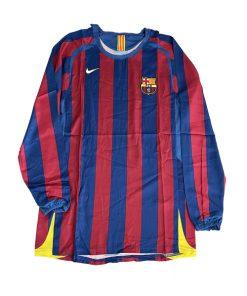 لباس کلاسیک اول بارسلونا ۲۰۰۶